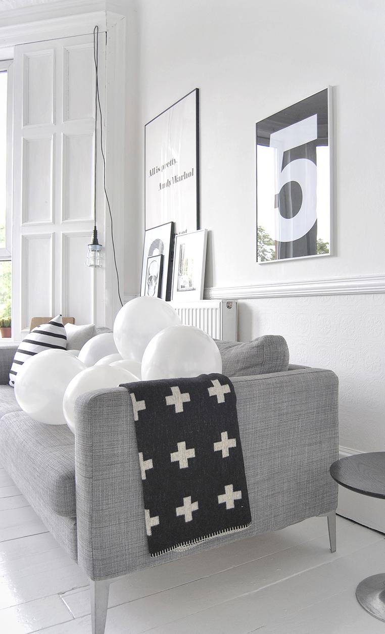 Five post by Ollie & Sebs Haus