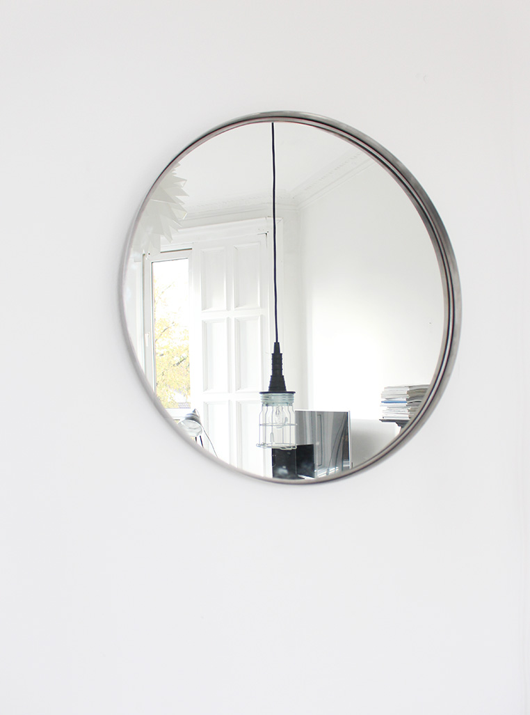 A mirror   Post by Ollie & Sebs Haus
