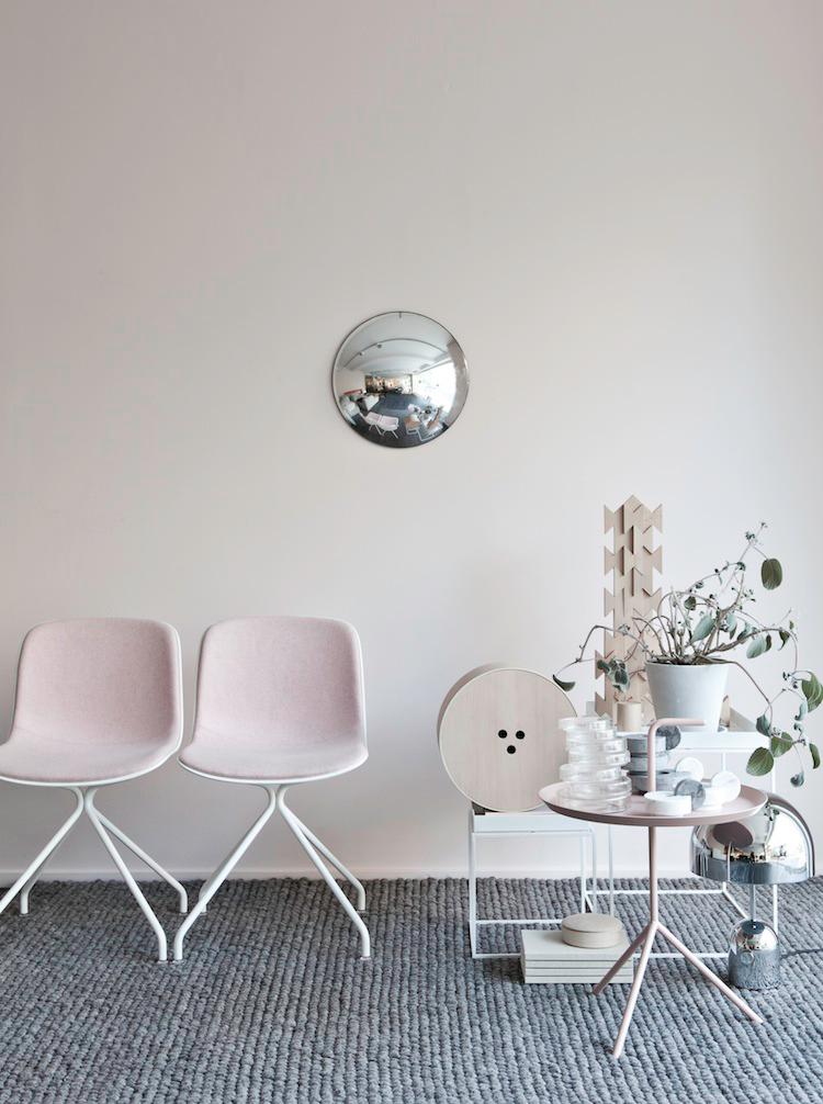 Pink Annaleenas | Post by Ollie & Sebs Haus