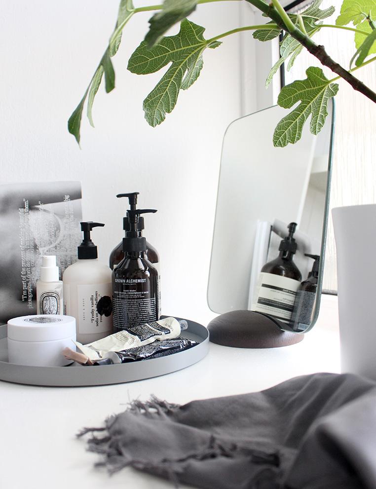 Vanity via Ollie & Sebs Haus