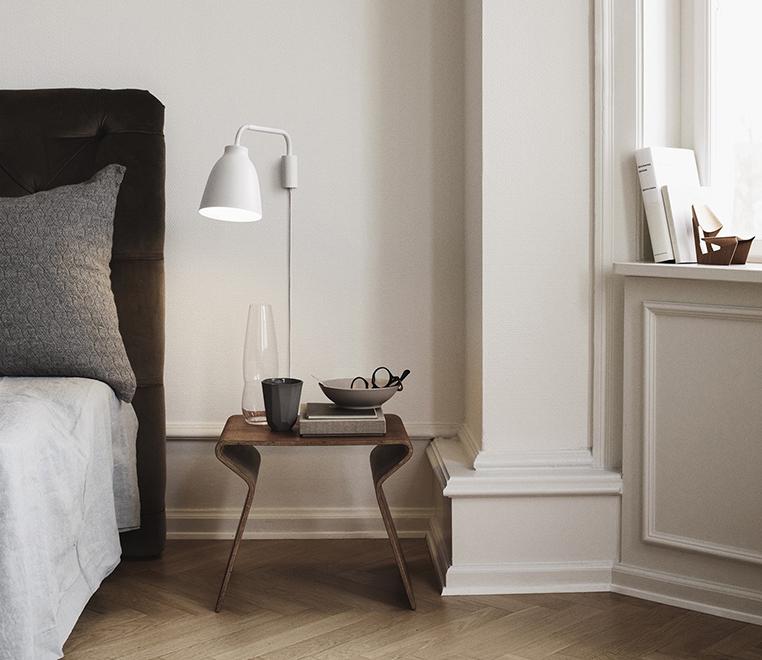caravaggio_wall_white_-_bedside