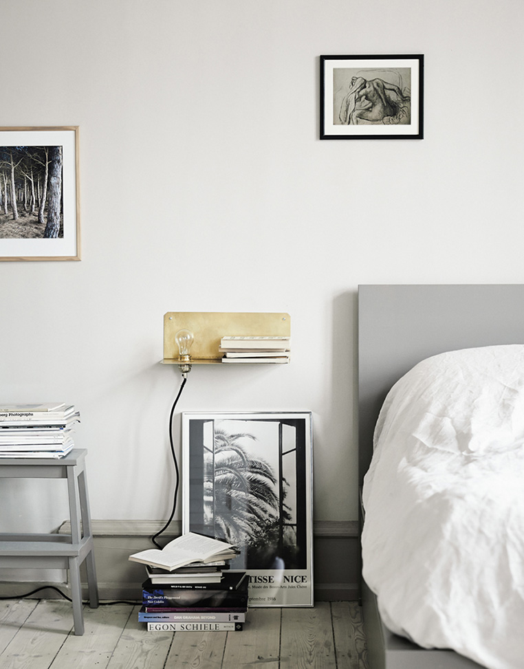 Adding colour to your rented home   post via Ollie & Sebs Haus